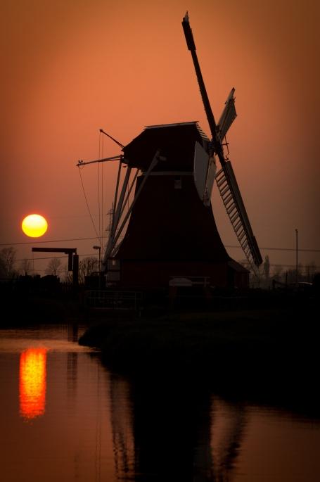 landscape-sunset-sun-orange.jpg